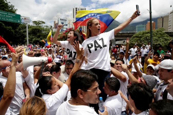 venezuela-manifestazioni-maduro-orig_main