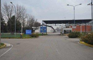 Stabilimento-Ex-Indesit-di-Teverola-e1502206833748